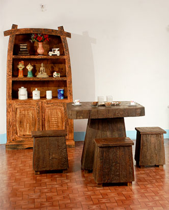 Reclaimed & Recycle Wood Furniture