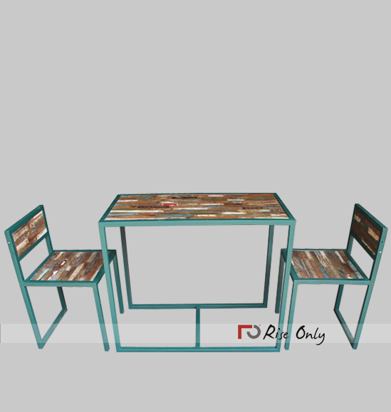 Rise Only Iron Metal Study Table and Chairs