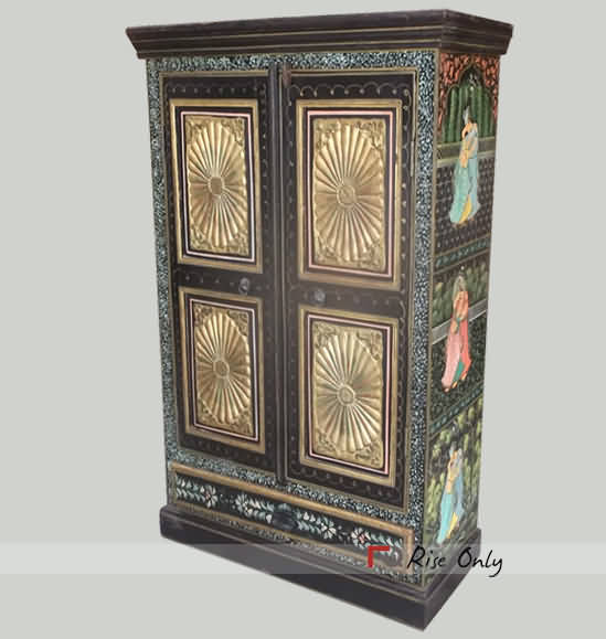 Painted Almirah India Old Painted Almirah Painted Furniture Online Painted Wooden Almirah Designs